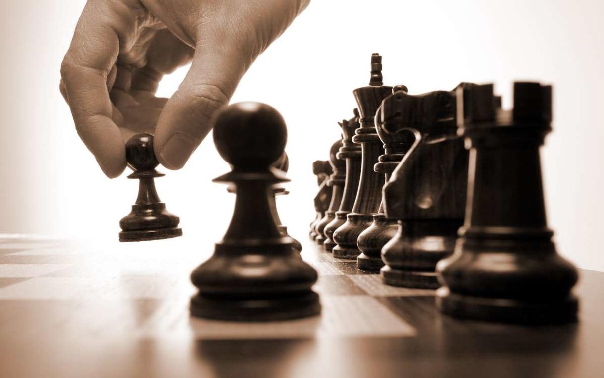 Научиться играть в шахматы и выигрывать